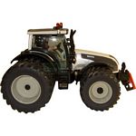 Valtra T191 Dual Wheeled Tractor - Perlescent White - Farmer Series from SIKU - 1:32 scale  (SIKU 3268W)