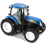 New Holland T7060 Tractor - Big Farm - Big Farm from Britains - 1:16 scale  (Britains 42423)