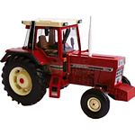 International Harvester 956XL 2WD Tractor - Authentic Farm Model from Britains - 1:32 scale  (Britains 42792)