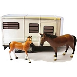 Horse Trailer with Horse and Foal - Big Farm - Big Farm from Britains - 1:16 scale  (Britains 42846)