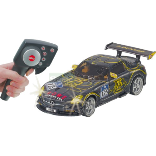 Siku 6823 mercedes benz sls amg ft dunlop 125 radio for Remote control mercedes benz