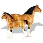 Clydesdale Mare and Foal - Spirit of the Horse - Breyer Traditional  - 1:9 scale  (Breyer 1487)