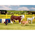 Stablemates Ranch Friends Play Set - Breyer Stablemates - 1:32 scale  (Breyer 5366)