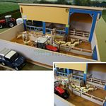 Wooden Sheep Handling Unit - Brushwood Toys - 1:32 Scale  (Brushwood BT8750)