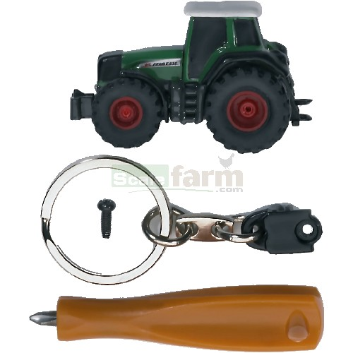 Hr16 Series: Fendt Favorit 930 With Keyring And Screwdriver