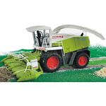 CLAAS Jaguar 900 Forage Harvester - Bruder - just like the real thing - 1:16 scale  (Bruder 02131)