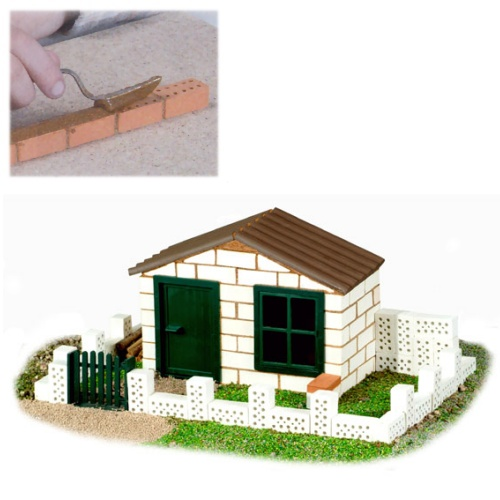 Teifoc 4110 teifoc white house for Mud brick kit homes