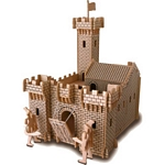 Knight's Castle Woodcraft Construction Kit