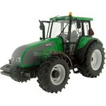 Valtra Series T Tractor - Green - Universal Hobbies Country Collection - 1:32 scale  (Universal Hobbies 2622/68112)