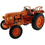 Renault D22 Vintage Tractor - Universal Hobbies Country Collection - 1:32 scale  (Universal Hobbies 2676)