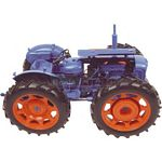 County Super 4 Tractor 1961 - Universal Hobbies Agricultural - 1:16 scale  (Universal Hobbies 2787)