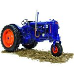Fordson E27N Vintage Tractor - Narrow Row Crop Version - Universal Hobbies Agricultural - 1:16 scale  (Universal Hobbies 2886)