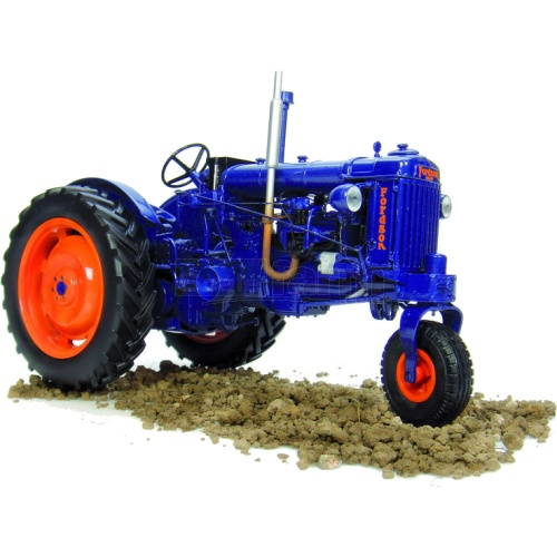 Fordson E27N Vintage Tractor - Narrow Row Crop Version (Universal Hobbies 2886)
