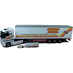 Renault Magnum 440 - Ewing Bros plus Trailer Keyring - Universal Hobbies Commercial - 1:50 scale (Universal Hobbies 5642)