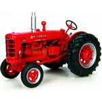 McCormick-Deering IH W6 Vintage Tractor (1947) - Universal Hobbies Country Collection - 1:43 scale  (Universal Hobbies 6076)