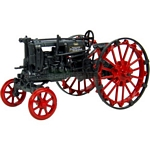 McCormick Deering Farmall F12 Vintage Tractor (1935) - Universal Hobbies Country Collection - 1:43 scale  (Universal Hobbies 6087)