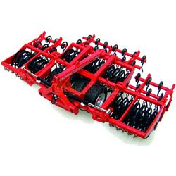 Gregoire Besson Soil Packer / Breaker - Universal Hobbies Country Collection - 1:32 scale (Universal Hobbies 68120)