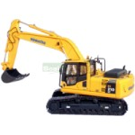 Komatsu PC 210 Excavator - Universal Hobbies Commercial - 1:50 scale  (Universal Hobbies 8003)