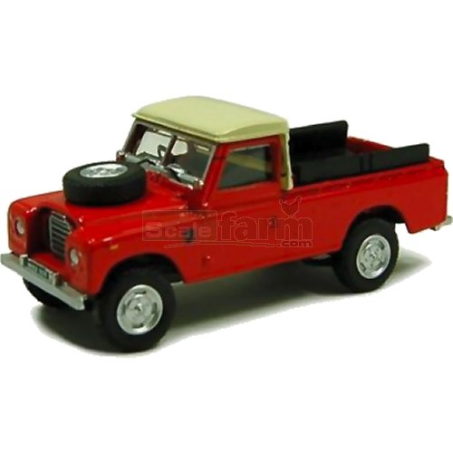 Land Rover S3 109 Pick up - Red (Cararama 711XND-004)