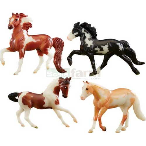 Stablemates Glow in the Dark Pinto 4 Horse Set (Breyer 5396)