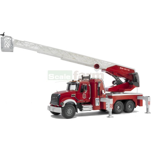 MACK Granite Fire Engine with Water Pump (Bruder 02821)