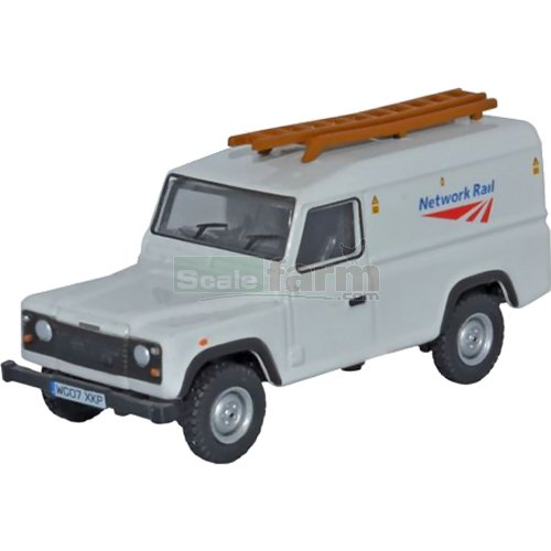 Land Rover Defender - Network Rail (Oxford 76DEF008)