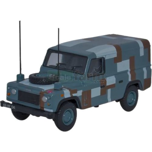 Land Rover Defender Berlin Scheme (Oxford 76DEF012)