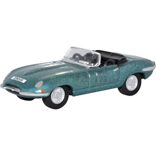 Jaguar E Type Roadster - Opalescent Silver Blue (Oxford 76ETYP014)