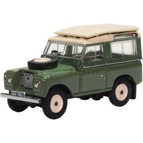 Land Rover Series IIa Station Wagon - Pastel Green (Oxford 76LR2AS003)