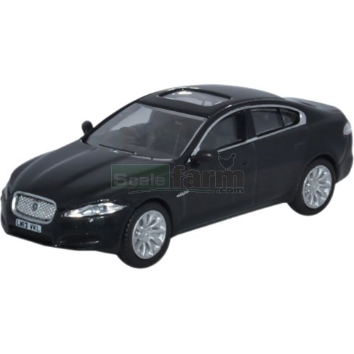Jaguar XF Saloon - Ultimate Black (Oxford 76XF004)