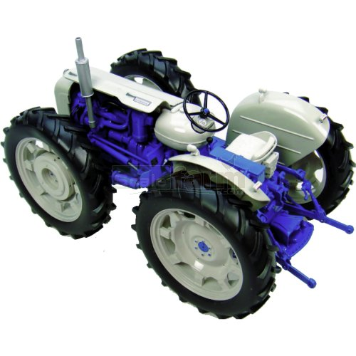 Ford County Super 4 'Last Off the Line' Vintage Tractor (Universal Hobbies 2781)