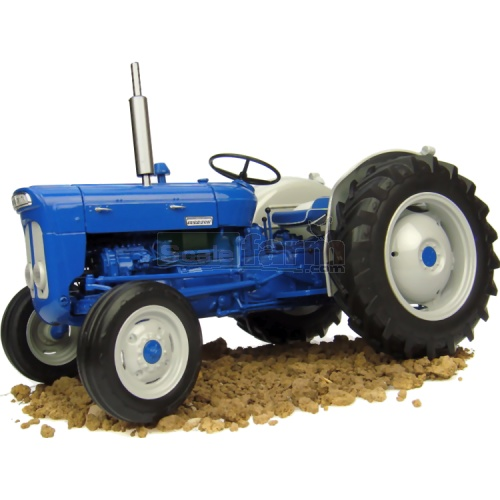 Fordson Super Dexta New Performance Vintage Tractor (1963) (Universal Hobbies 2900)
