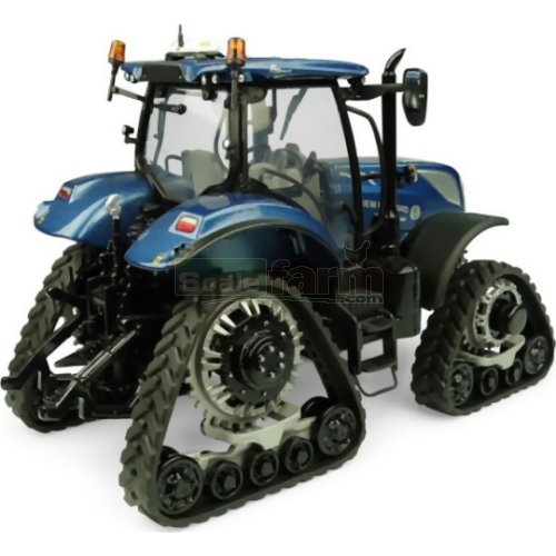 New Holland T7.225 Tractor with Tracks - 'Blue Power' (Universal Hobbies 5365)